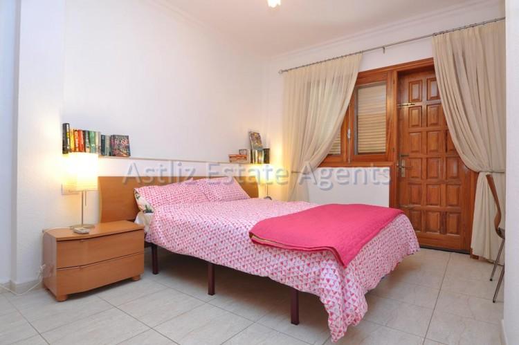 2 Bed  Flat / Apartment for Sale, Los Gigantes, Santiago Del Teide, Tenerife - AZ-1292 10