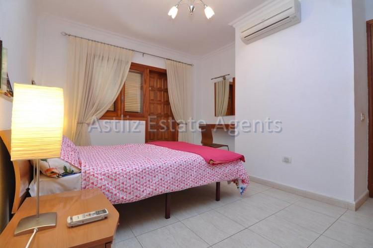2 Bed  Flat / Apartment for Sale, Los Gigantes, Santiago Del Teide, Tenerife - AZ-1292 11