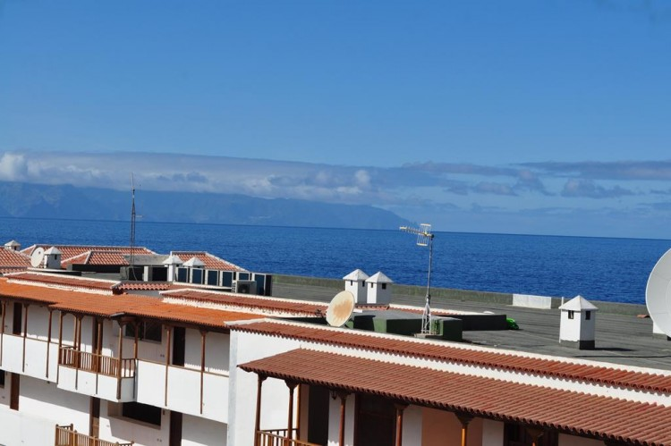 2 Bed  Flat / Apartment for Sale, Los Gigantes, Santiago Del Teide, Tenerife - AZ-1292 2