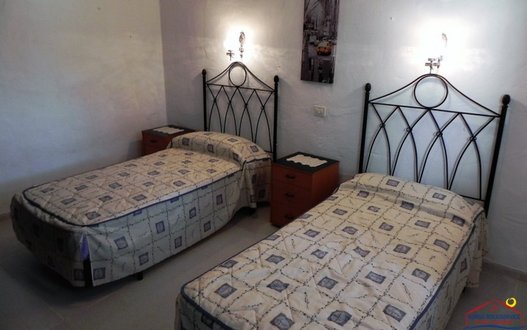 2 Bed  Flat / Apartment to Rent, Los Caideros, Gran Canaria - NB-381 6