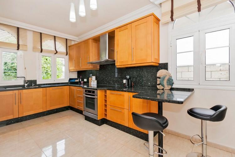 4 Bed  Villa/House for Sale, El Madronal, Adeje, Gran Canaria - MP-V0680-4C 15