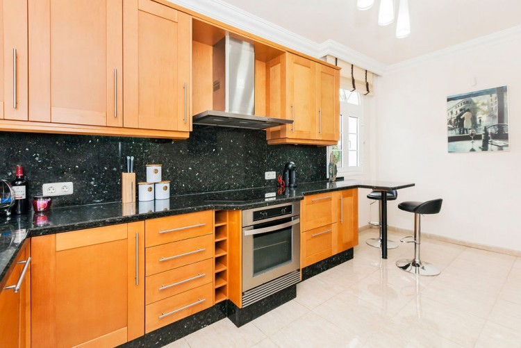 4 Bed  Villa/House for Sale, El Madronal, Adeje, Gran Canaria - MP-V0680-4C 16