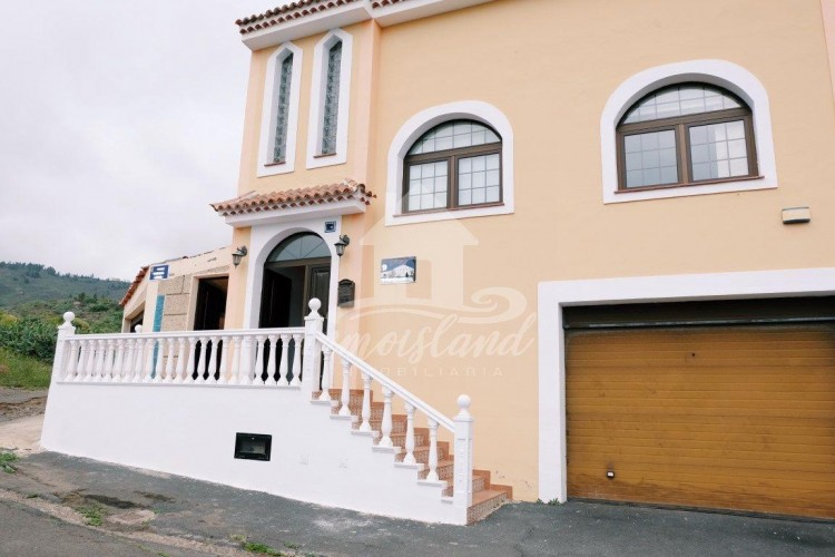 4 Bed  Villa/House for Sale, Arona, Santa Cruz de Tenerife, Tenerife - IN-279 3