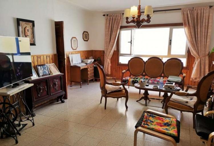3 Bed  Villa/House for Sale, Arrecife, Lanzarote - CU-203631 1