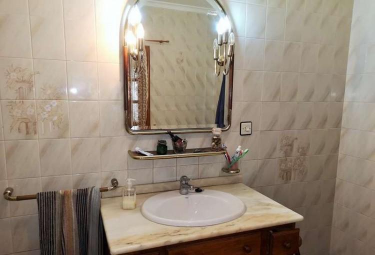 3 Bed  Villa/House for Sale, Arrecife, Lanzarote - CU-203631 13
