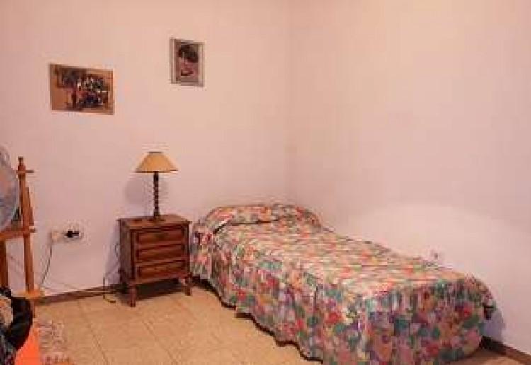 3 Bed  Villa/House for Sale, Arrecife, Lanzarote - CU-203631 17