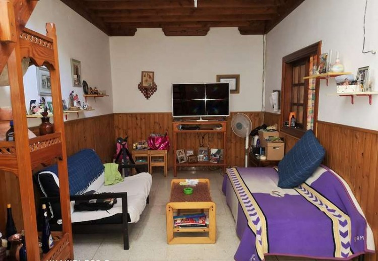 3 Bed  Villa/House for Sale, Arrecife, Lanzarote - CU-203631 19