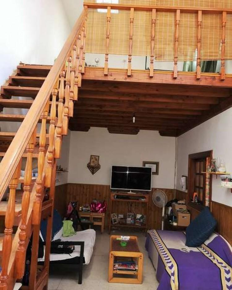 3 Bed  Villa/House for Sale, Arrecife, Lanzarote - CU-203631 20