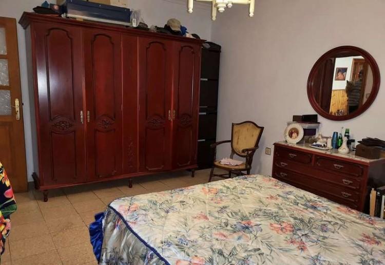 3 Bed  Villa/House for Sale, Arrecife, Lanzarote - CU-203631 9