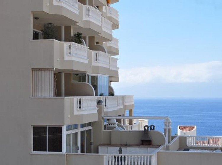 3 Bed  Flat / Apartment for Sale, Puerto Santiago, Tenerife - PG-AAEP1259 11
