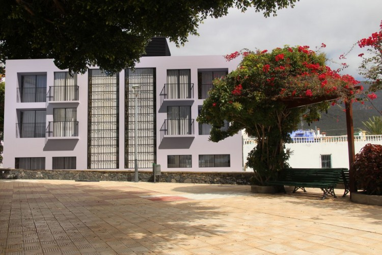 2 Bed  Flat / Apartment for Sale, Adeje, Tenerife - PG-C1833 1