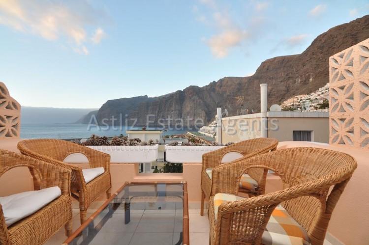 1 Bed  Flat / Apartment for Sale, Los Gigantes, Santiago Del Teide, Tenerife - AZ-1299 4