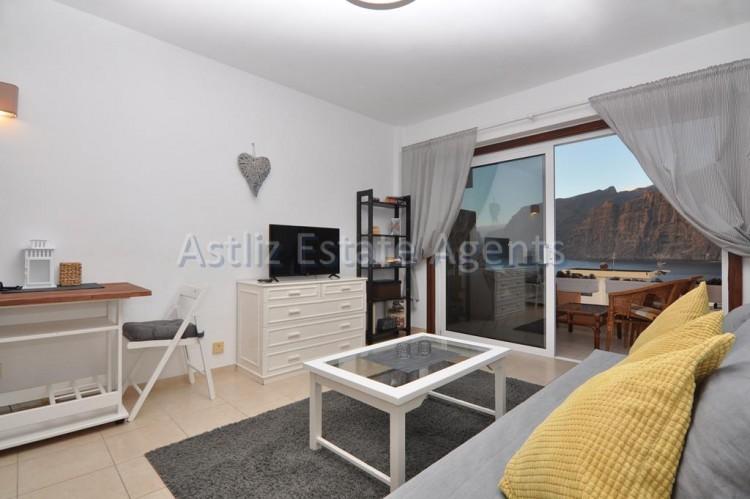 1 Bed  Flat / Apartment for Sale, Los Gigantes, Santiago Del Teide, Tenerife - AZ-1299 8