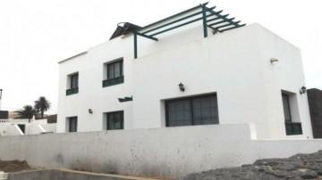 3 Bed  Villa/House for Sale, Uga, Lanzarote - LA-LA767s