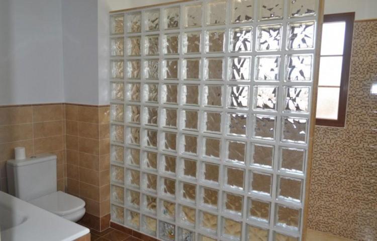 5 Bed  Villa/House for Sale, Tias, Lanzarote - LA-LA673s 6