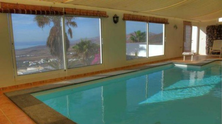 6 Bed  Villa/House for Sale, La Asomada, Fuerteventura - LA-LA756s 4