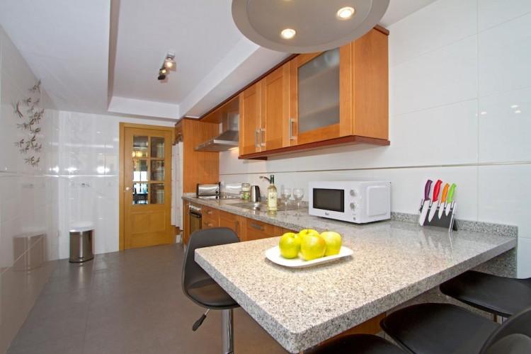 3 Bed  Flat / Apartment for Sale, Arrecife, Lanzarote - LA-LA814s 4