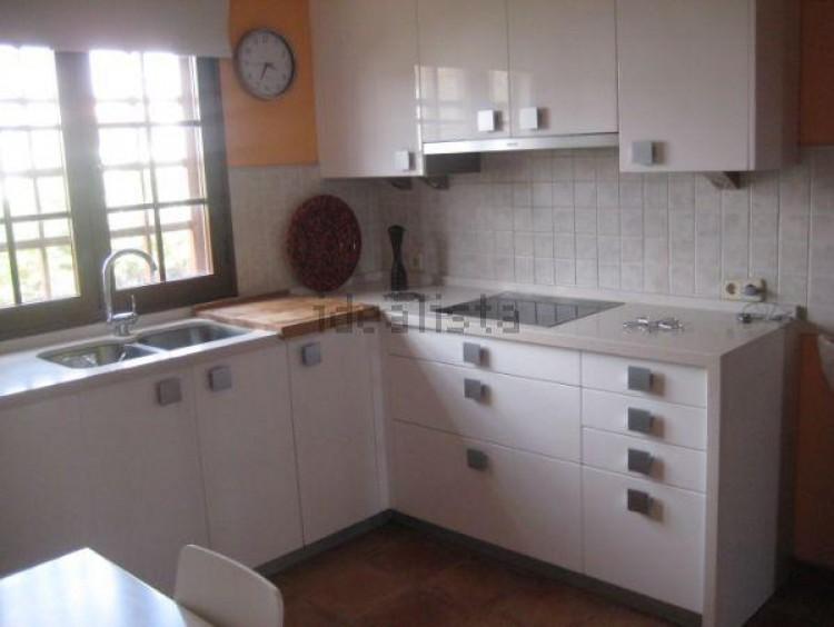 4 Bed  Villa/House for Sale, Conil, Lanzarote - LA-LA703s 5