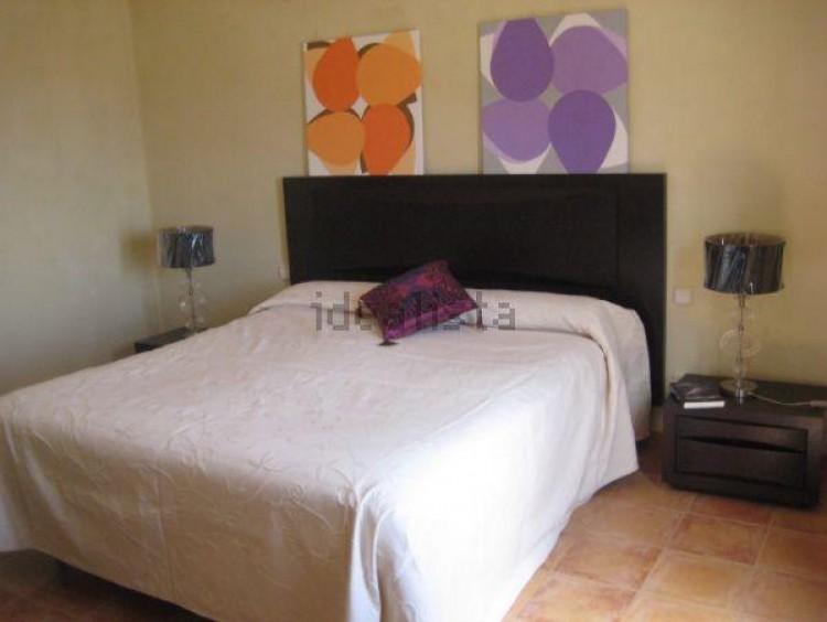 4 Bed  Villa/House for Sale, Conil, Lanzarote - LA-LA703s 6
