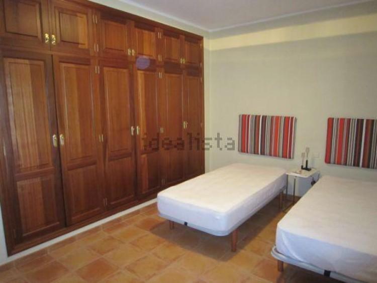 4 Bed  Villa/House for Sale, Conil, Lanzarote - LA-LA703s 8