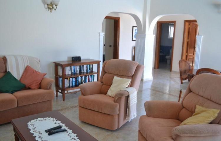 3 Bed  Villa/House for Sale, Playa Blanca, Lanzarote - LA-LA608s 4