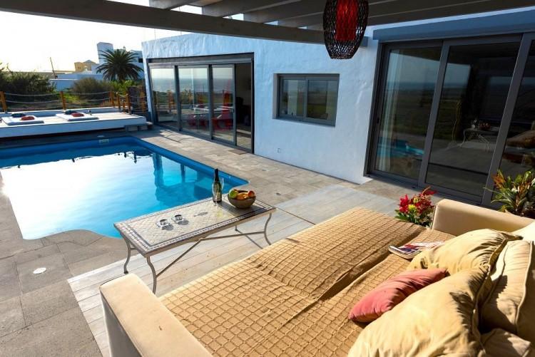 6 Bed  Villa/House for Sale, Arrieta, Lanzarote - LA-LA713 1