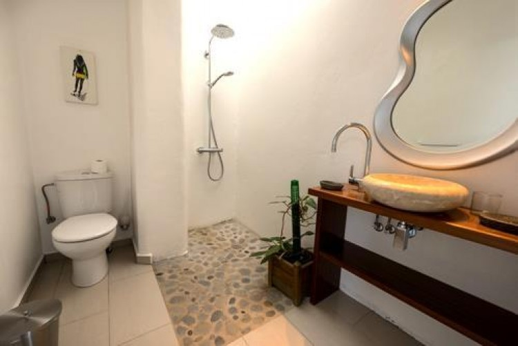 6 Bed  Villa/House for Sale, Arrieta, Lanzarote - LA-LA713 7