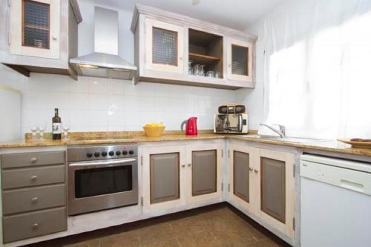 4 Bed  Villa/House for Sale, Punta Mujeres, Lanzarote - LA-LA712 5