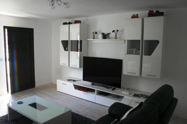 3 Bed  Flat / Apartment for Sale, Costa Teguise, Lanzarote - LA-LA636 2