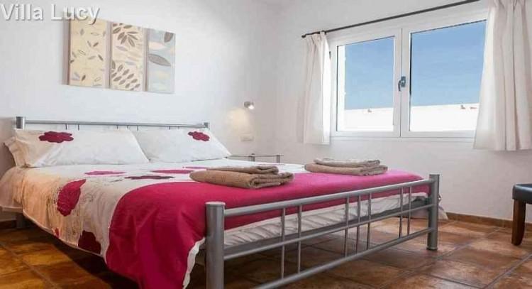 5 Bed  Villa/House for Sale, Playa Blanca, Lanzarote - LA-LA533s 5