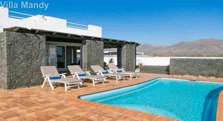 5 Bed  Villa/House for Sale, Playa Blanca, Lanzarote - LA-LA533s 8