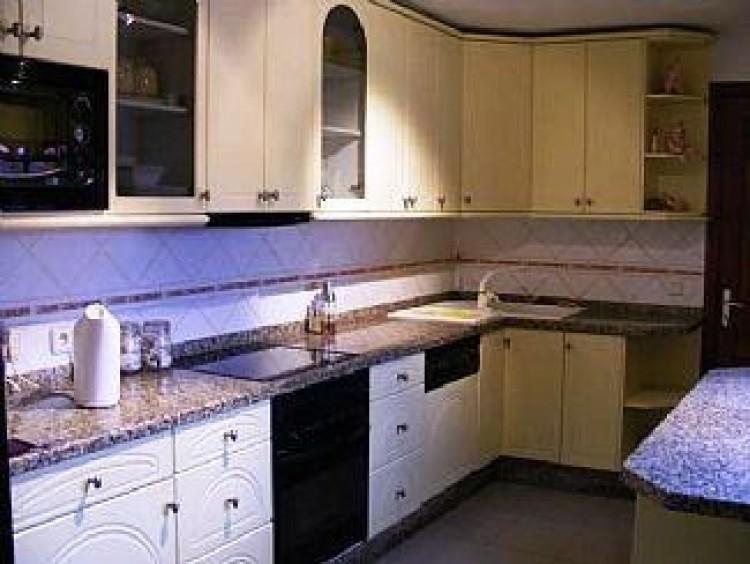 4 Bed  Villa/House for Sale, Playa Blanca, Lanzarote - LA-LA667s 5