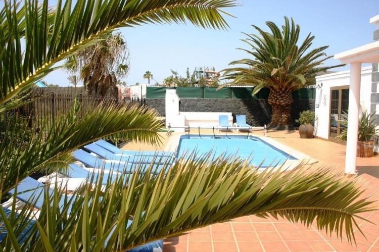 4 Bed  Villa/House for Sale, Playa Blanca, Lanzarote - LA-LA529s 2