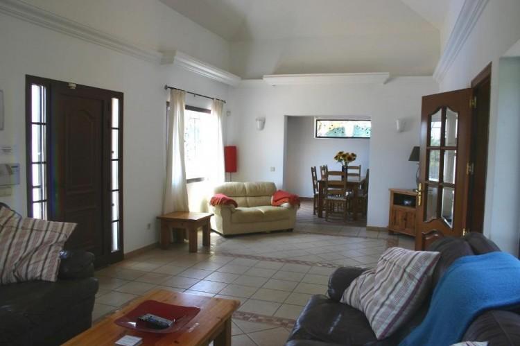 4 Bed  Villa/House for Sale, Playa Blanca, Lanzarote - LA-LA529s 3