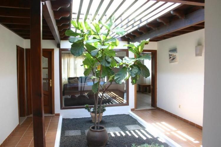 4 Bed  Villa/House for Sale, Playa Blanca, Lanzarote - LA-LA529s 5