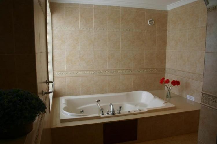 4 Bed  Villa/House for Sale, Playa Blanca, Lanzarote - LA-LA529s 8