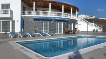 6 Bed  Villa/House for Sale, Tias, Lanzarote - LA-LA815s