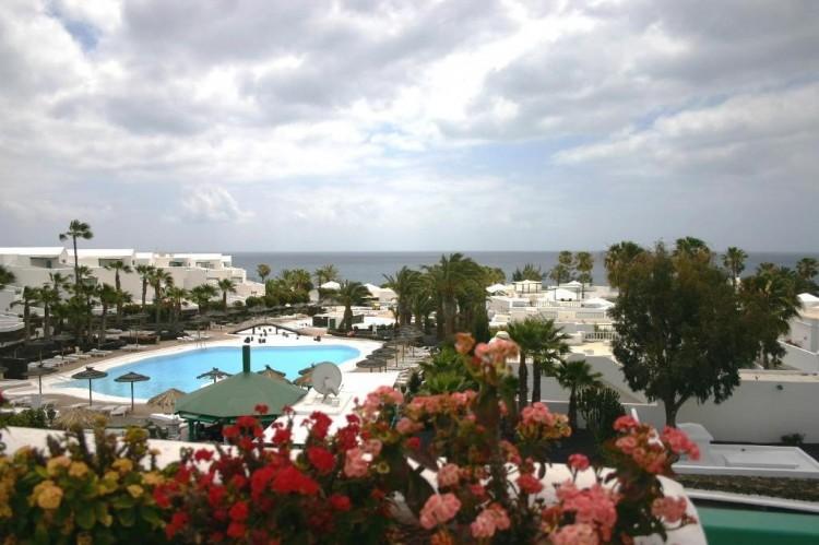 1 Bed  Flat / Apartment for Sale, Costa Teguise, Lanzarote - LA-LA797 1