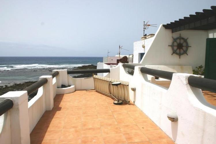 3 Bed  Villa/House for Sale, Costa Teguise, Lanzarote - LA-LA752s 1