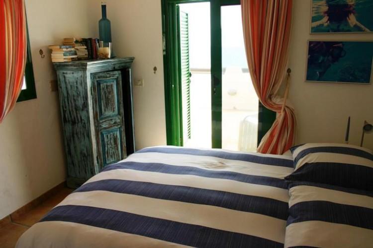 3 Bed  Villa/House for Sale, Costa Teguise, Lanzarote - LA-LA752s 6
