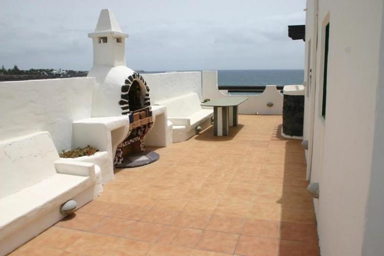3 Bed  Villa/House for Sale, Costa Teguise, Lanzarote - LA-LA752s 8