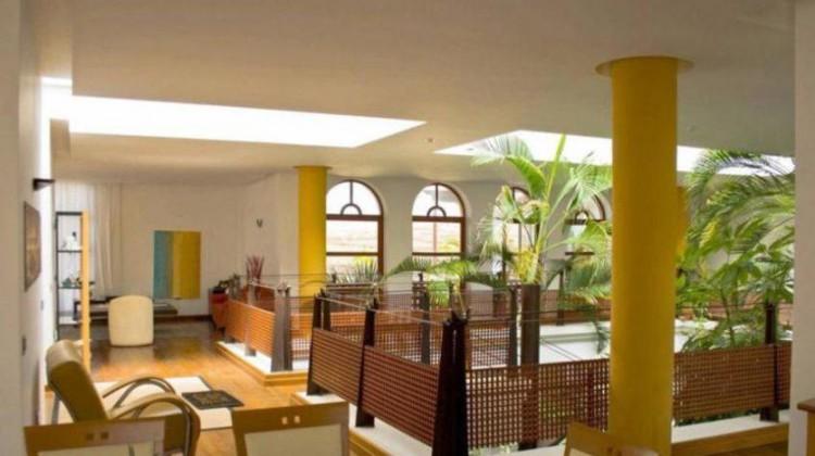 5 Bed  Villa/House for Sale, Puerto Del Carmen, Lanzarote - LA-LA690s 4
