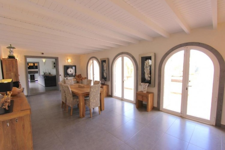 4 Bed  Villa/House for Sale, Las Brenas, Lanzarote - LA-LA730s 3