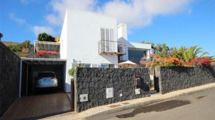 3 Bed  Villa/House for Sale, Oasis de Nazaret, Lanzarote - LA-LA762s 1