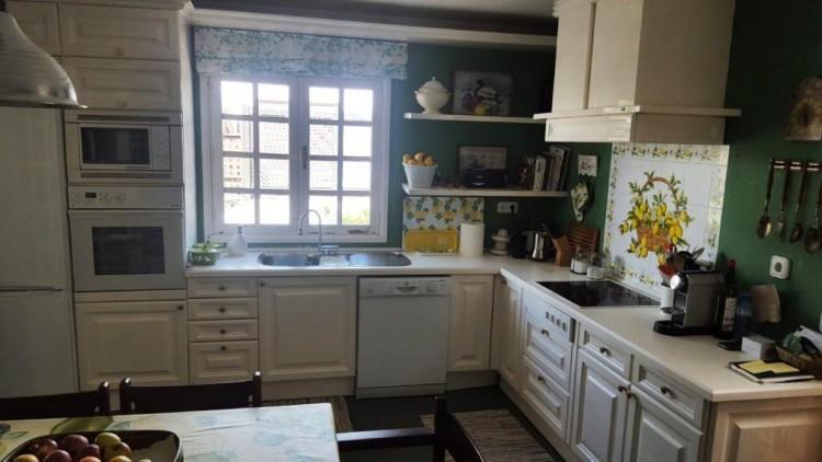 3 Bed  Villa/House for Sale, Arrecife, Lanzarote - LA-la779S 5