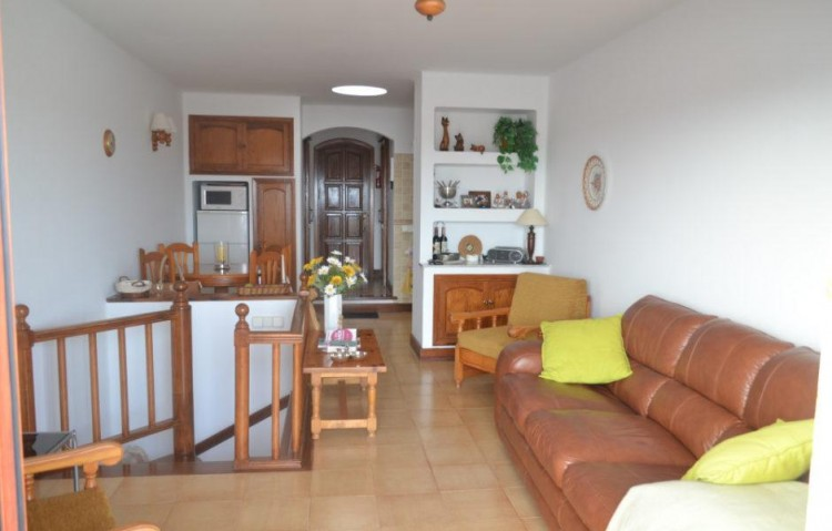 1 Bed  Villa/House for Sale, Puerto Del Carmen, Lanzarote - LA-LA818s 3
