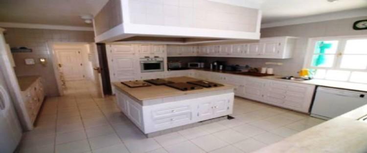 5 Bed  Villa/House for Sale, Macher, Lanzarote - LA-LA283S 6