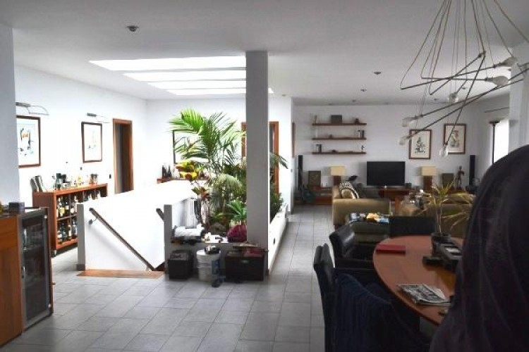 6 Bed  Flat / Apartment for Sale, Puerto Calero, Lanzarote - LA-LA527s 7