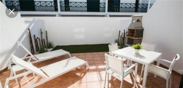 2 Bed  Villa/House for Sale, Playa Blanca, Lanzarote - LA-LA737s 4