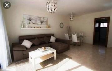 2 Bed  Flat / Apartment for Sale, Playa Blanca, Lanzarote - LA-LA737s